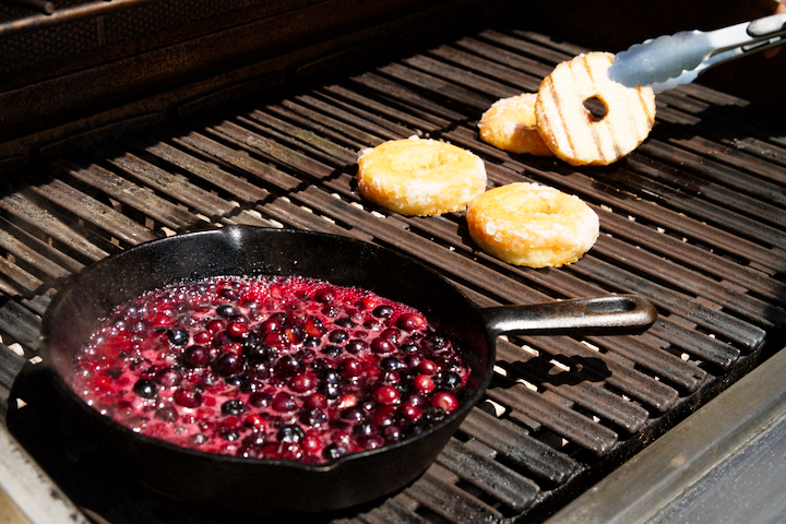 Grilled Doughnuts With Blueberry
