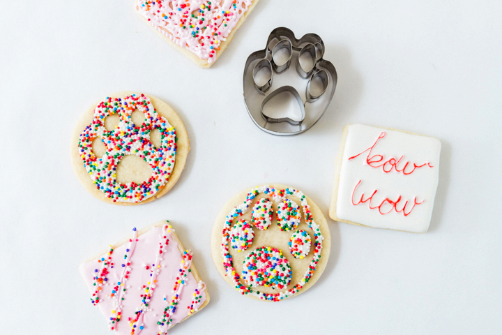 Paw cookies with sprinkles