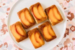 peach upside down cakelet